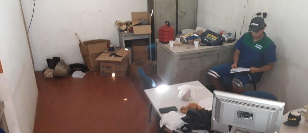escritorio pinhão